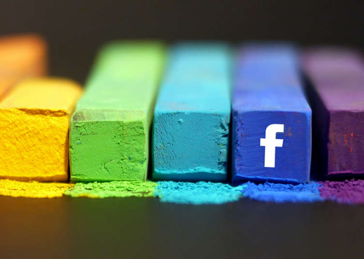 comunicazione facebook