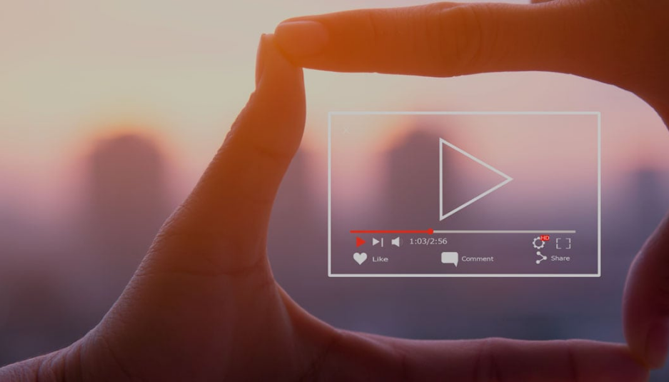 Reattiva Video: la strategia video per raggiungere migliaia di clienti.